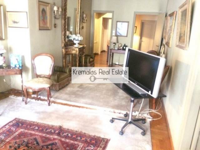 (For Sale) Residential Apartment || Athens Center/Athens - 315 Sq.m, 2 Bedrooms, 540.000€